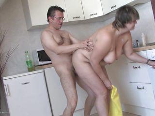 Порно зрелые сквирт