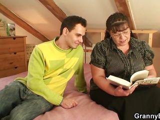 Порно бабушки жесткое