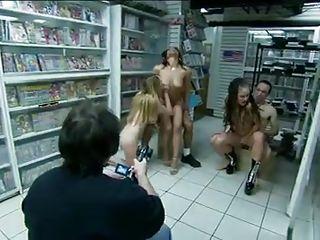 Порно ролики би куколд